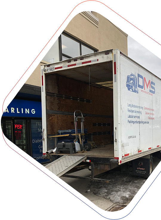 Discount Moving & Storage truck outside of building